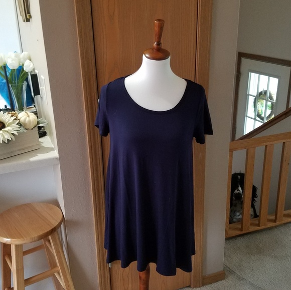 7c7e59a926074d NEW Amie Finery Tunic Top
